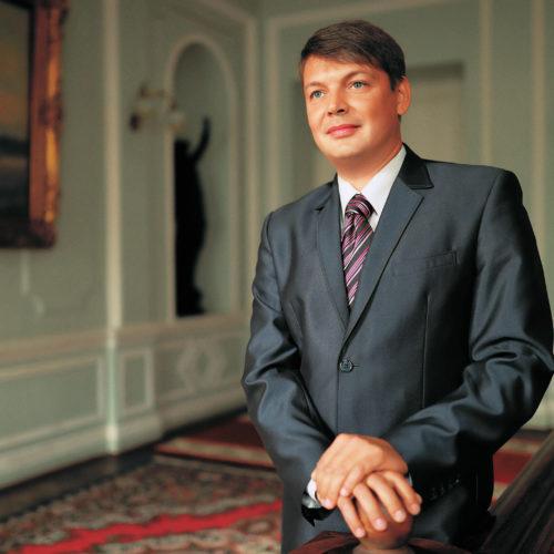 Попов Михаил Валерьевич