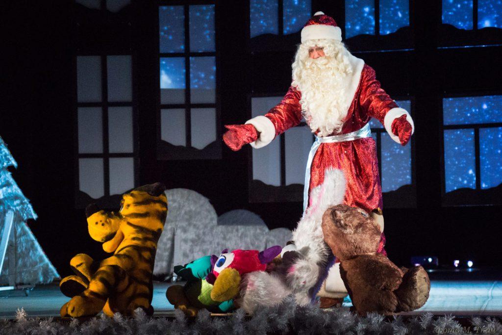 «Волшебная ночь, или Когда оживают игрушки» - новогодняя сказка в стиле диско (3+)